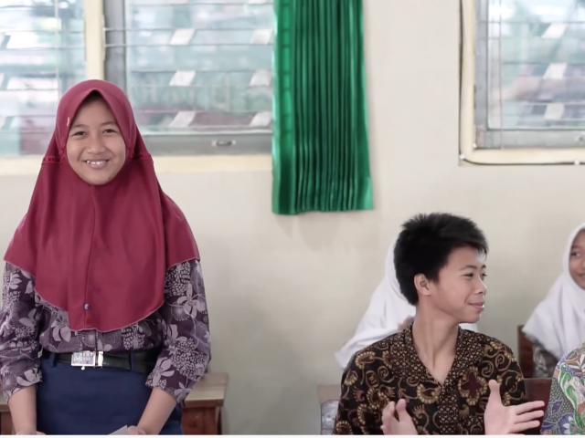 indonesian kids learning in classroom